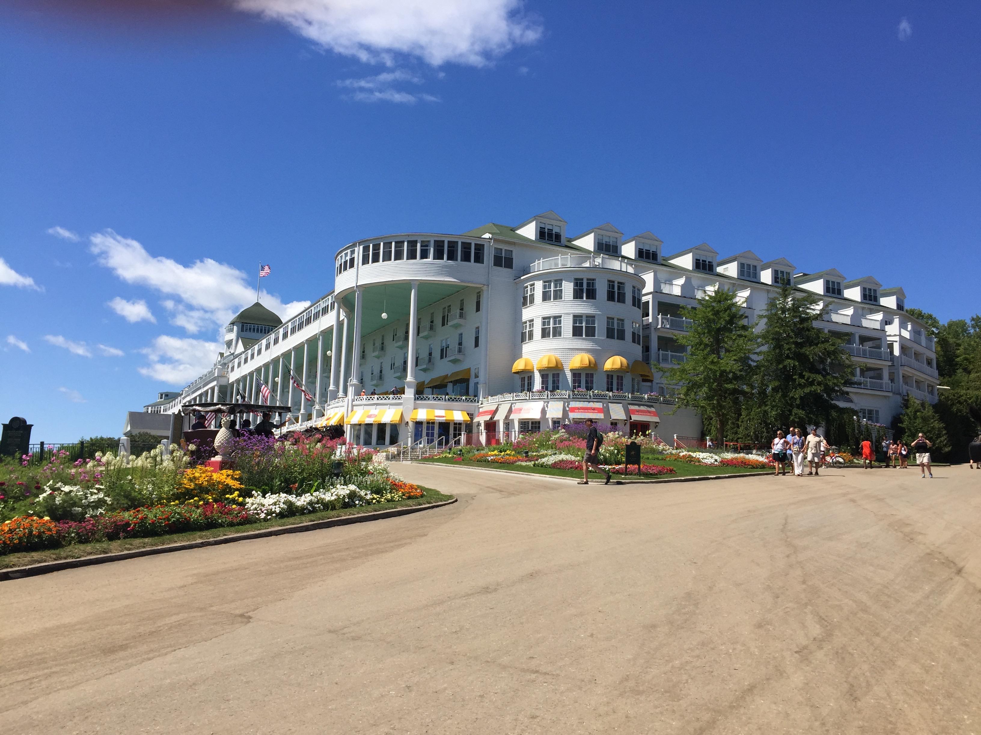 Destination Grand The Grand Hotel Mackinac Island Wanderlust Travel Press And Tours